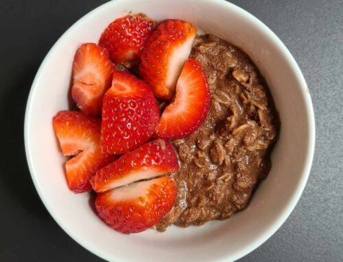 Porridge al cioccolato proteico